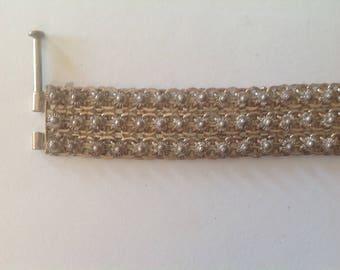 Flexible silver bracelet