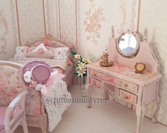 1:12 scale Mirror table in shabby chic style