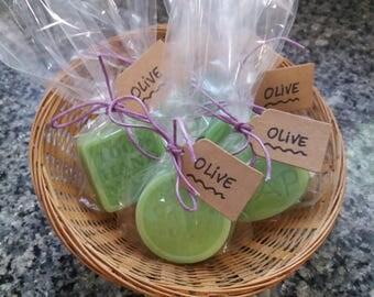 Artisan soap 100% natural of Aloe Vera, honey, olive oil and lemon.