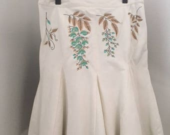 Off white Corduroy skirt with flower embroidery by Oilily