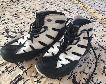 Vintage 1980s Reebok Sneakers 38