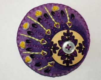 Felt Circle Brooch in Purples