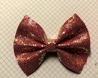 Burgundy blitz bow
