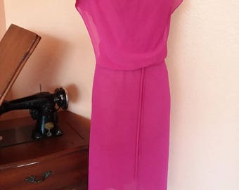 Vintage 1970s hot pink dress with matching belt best fit a 7 8 9 10