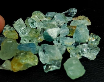 87.75 Unheated& Natural Aquamarine Rough Lot