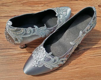 Wedding Shoes Bridal Shoes Evening Party Shoes Ballroom Dance Shoes with Swarovski Crystals Lace Custom W005