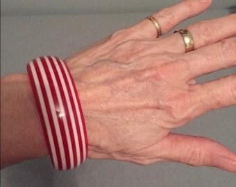 Vintage lucite bangle bracelet