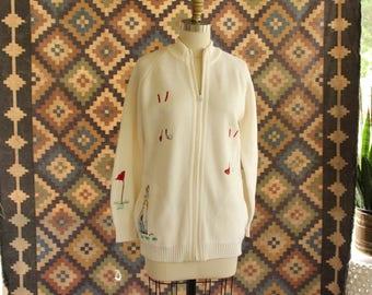 SALE vintage LeRoy cardigan with golf theme . 1970s embroidered cardigan with zipper . zip up cardigan knit sweater small medium