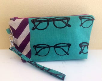 The Essential Zipper Wristlet- Echino Teal Glasses