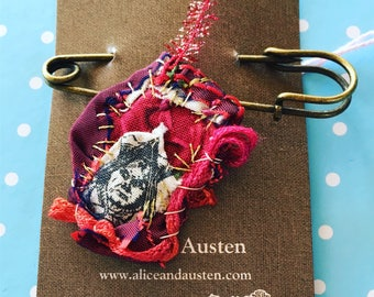 Red Queen Textile Brooch