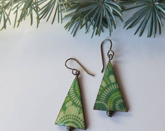 holiday baubles...earrings...festive christmas trees