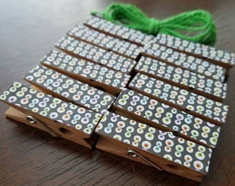 Halloween Creepy Cute Eyeballs Chunky Little Clothespin Clips w Twine for Display -  Set of 12 - Spooky Party