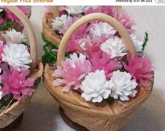 SALE 20% MINIATURES Miniature walnut baskets, pink and white flowers: terrariums mini gardens