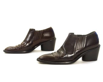 90s Winklepicker Ankle Boots / Vintage 1990s Brown Leather Joan & David Shortie Western Cowboy Chelsea PeeWee Boots / Women's Size 7.5