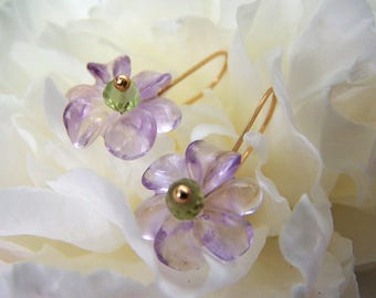 Carved Amethyst flower, Peridot rondelle, Solid 14K Gold earrings