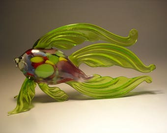 Handmade Blown Glass Art Figurine Green Betta Fish with Colorful Body