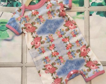 floral baby clothes -  baby romper -  roses romper - infant gift - baby clothing - size 6-12 months - nickisrainbow - designer fabric