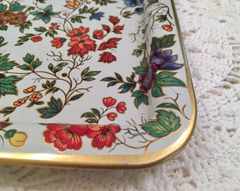 Vintage Tray - Daher Decorated Ware - Long Island New York - Made in England - Traditional Botanical