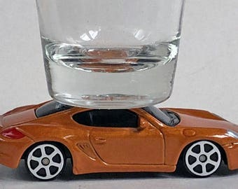The ORIGINAL Hot Shot, Classic Hot Rods, Shot Glass, Porsche Cayman, Maisto car
