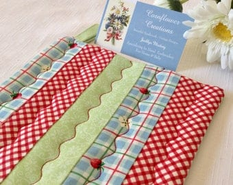 Strawberry Red Check Summer Kitchen - Quilted Kitchen Pot Holder Hot Pad