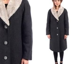 Retro Princess Coat 60s Classic Soft Sheepskin Collar Wool Coat Warm Gray Glam Opera Coat Mad Men Winter Made in Sweden Medium to Large