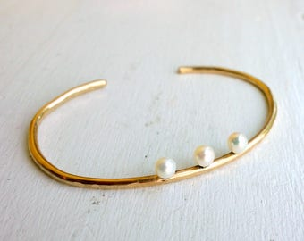 Triple Perched Pearl Gold Cuff