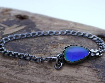 Sterling Silver Chain Bracelet with Color Changing Mood Stone