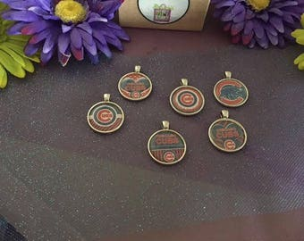 MLB Chicago Cubs Charms - Shiny Silver