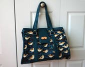Tell Me Wren Nora Doctor Bag, structured purse with teal vinyl and turn clasp closure SECONDS