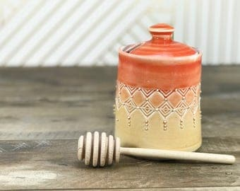 Handmade honey pot. Porcelain honey pot. Red to amber ombrè glazed with stamped pattern. Ceramic honey jar. Wooden honey dipper. Red kitchen
