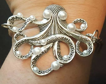 Octopus, Octopus jewelry, Octopus bracelet, Pearl Octopus, Pirate, Pirate jewelry, Sealife, Mermaid