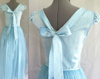 Vintage 1950's Blue Taffeta and Netting Bridesmaid, Prom, or Party Dress, Size 6 - 8, Small