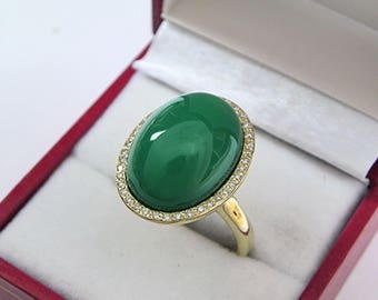AAAAA Chrysoprase 18 x 13mm  15.44 Carats   14K Yellow gold Diamond halo cabochon ring. 1526