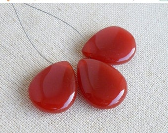 Deep Discount Sale Red Onyx Gemstone Smooth Pear Teardrop 24 to 24.5mm 3 beads