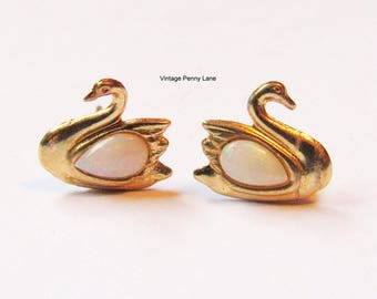 Vintage 10K Gold / Opal Gemstone Pierced Swan Earrings