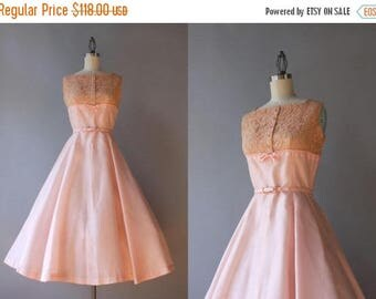 STOREWIDE SALE Vintage 50s Dress / 1950s Pale Pink Party Dress / 50s Lace Bow Trimmed Dress small S