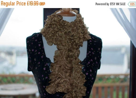 Christmas In July Handknitted Ruffles Scarf in Gold
