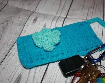 Crochet cell phone holder, smart phone case, cross body smart phone holder, cell phone pouch, gift for her, under 15