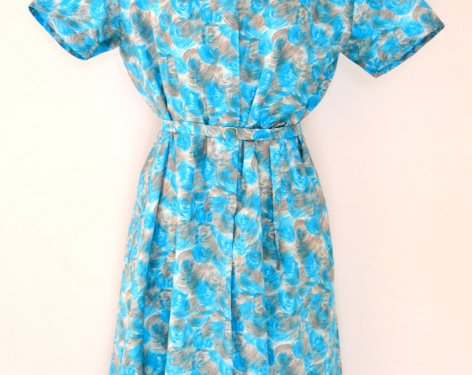 Classic 1960's VINTAGE DRESS  In Soft Grays and Blues with a Matching BELT