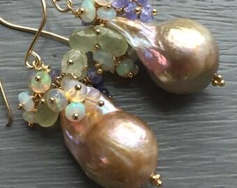 Pondslime Baroque Pearl Earrings