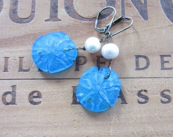 Blue Sea Glass Sand Dollar Earrings, Beach earrings, Summer earrings, Pearl earrings