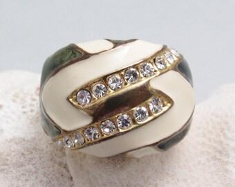 Vintage Enamel Rhinestone Ring Costume Jewelry R8012