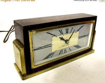 Art Deco style Seth Thomas mantle clock - vintage home decor