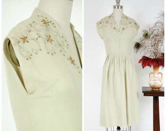 Vintage 1940s Dress -Chic Pale Seafoam Wool 1940s Day Dress with Gold Studded Floral Accents and Metallic Embroidery