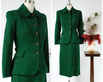 Vintage 1940s Suit - Beautiful Green Tailored Wool Suit with Scalloped Collar, Belt Back and Golden Buttons