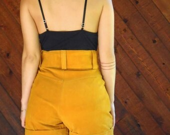 15% Memorial Day Wknd ... Mustard Suede Leather High Waist Shorts - Vintage 80s - XS or M