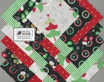 "25~5"" Christmas Trees_Wreaths Fabric Squares/Quilt/Craft/Sewing/Charm Packs #5879"