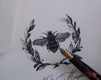 Napoleonic Bee in Wreath Monogrammed Personalized Note Cards Black Ivory Set of 10 Vintage Inspired Stationery heraldic Thank You Cards
