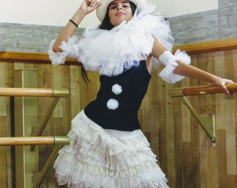 Pierrette costume-Circus costume-Clown Pierrette costume-Clown ivory neck ruff -Burlesque ruff & skirt