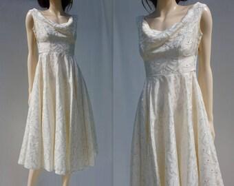 1950s Wedding Dress Vintage Tea Dress 50s Wedding Dress Cream Damask Dress 50s Bridal Tea Dress Fit Flare Wedding Retro Wedding Dress xs